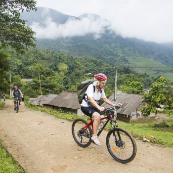 Self guided bike ride in vietnamese mountains