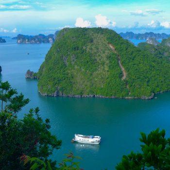 Boat Sailing in Halong Bay
