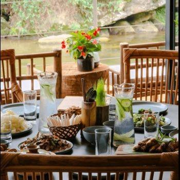 Topas Riverside Lodge - Sapa - Restaurant. river view